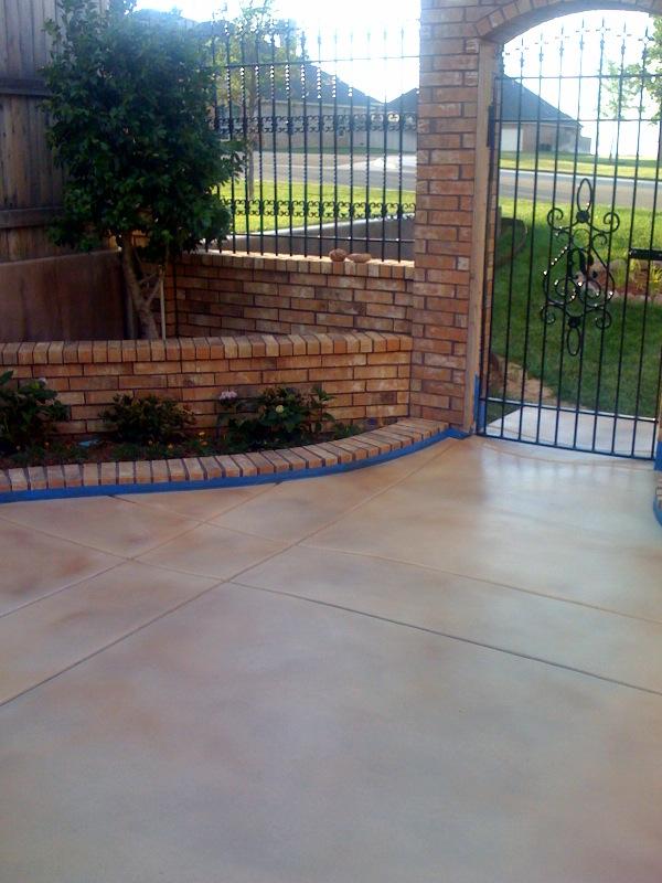 charlie_blalock_side_patio